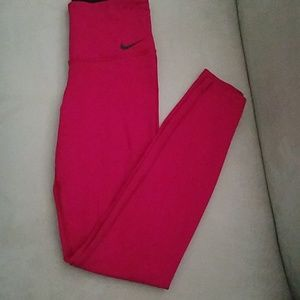 Nike legendary high waist tights